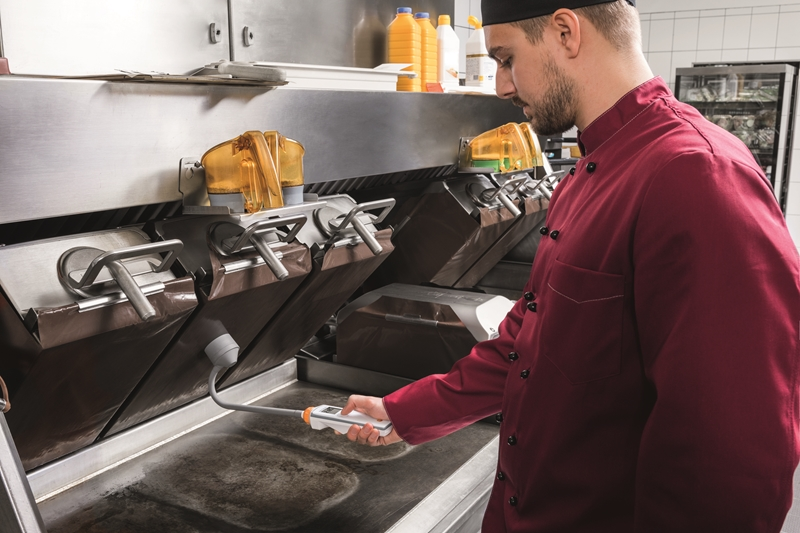 Testo Saveris Restaurant is helping restaurant staff every day.