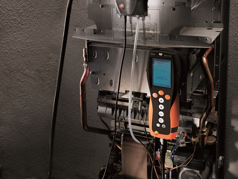 The testo 330-2 LX has a measuring range of 30,000 ppm.
