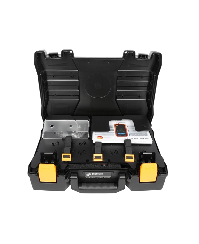 The testo DiSCmini is easy to transport and use.
